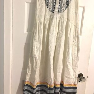 Anthropologie by Kopal MP White Flowy Embroidery